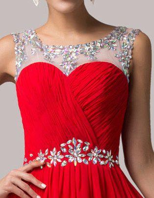 červené společenské šaty s kameny a holými zády - plesové šaty ... 40a3e7cc5b9